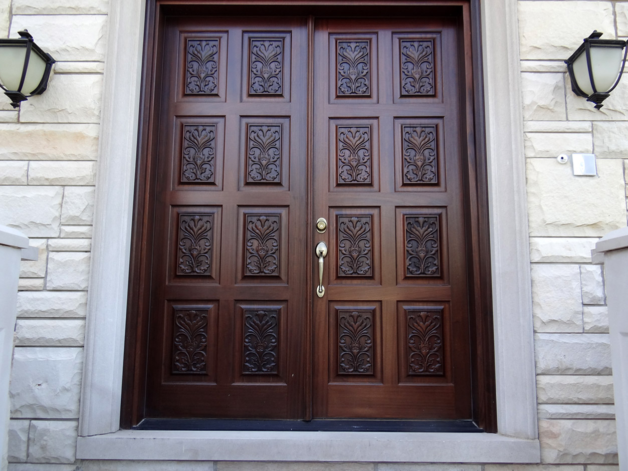 Entry Doors: The Good, The Bad, and the Right Style for You